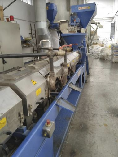 105 mm. peletizer, granulator, recycling extruder double degassing www.germanplast.com