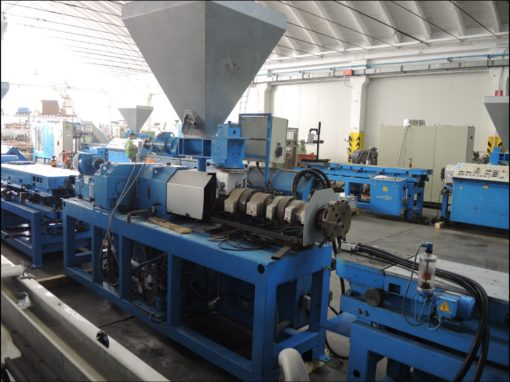 TWIN CONICAL SCREW PIPES EXTRUDER