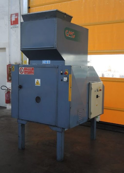 CMG GRINDER 700 mm. Infeed 712x410 mm.