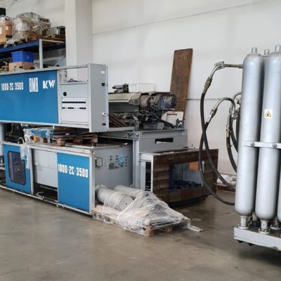 INJECTION MOLDING BMB 350